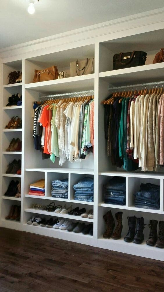 Ideas Of Functional And Practical Walk In Closet For Home: 21 Practical Walk-In Closet Ideas