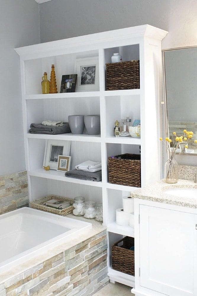 the best attitude 0c211 cedb6 24 Small Bathroom Shelf Ideas - Rhythm of the Home